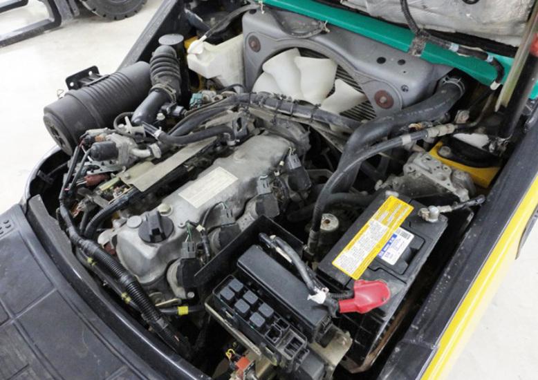 Двигатель вилочного погрузчика Komatsu FG25T-16