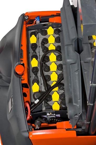 Двигатель электроштабелеров Linde L10B -L12i