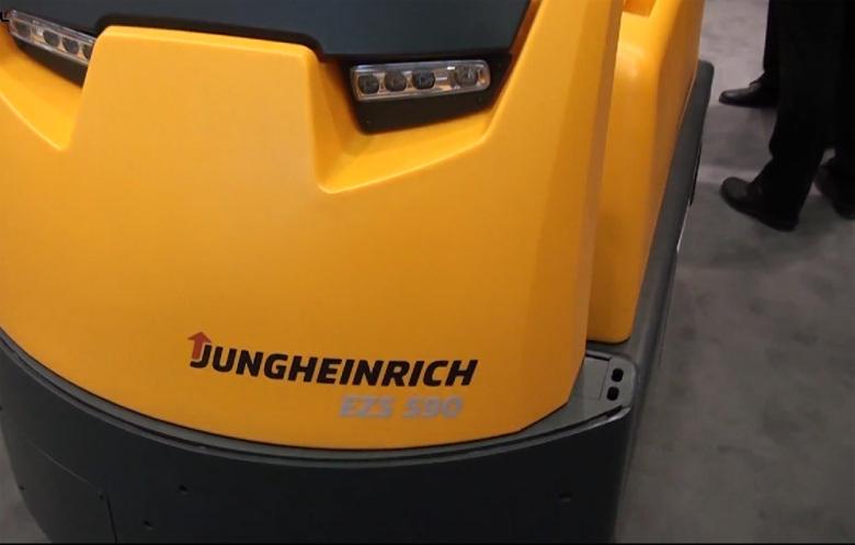 Тягач Jungheinrich EZS 590