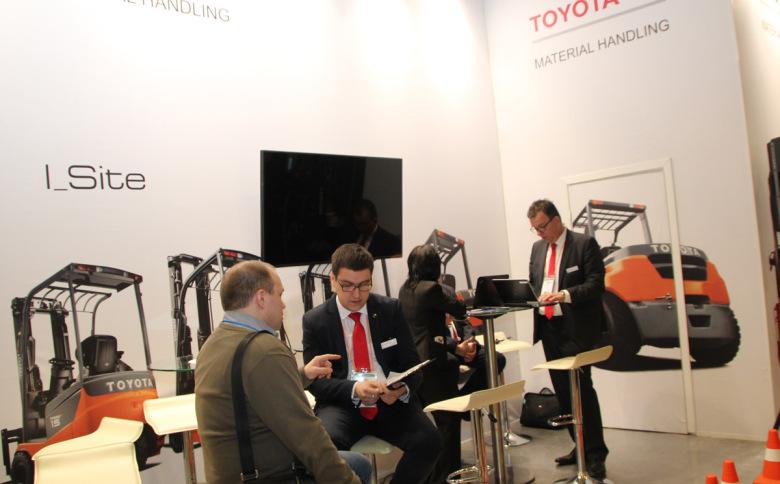 Выставочный стенд Toyota