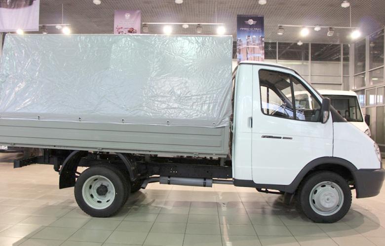 Автомобиль GAZ 3302. Фото сбоку