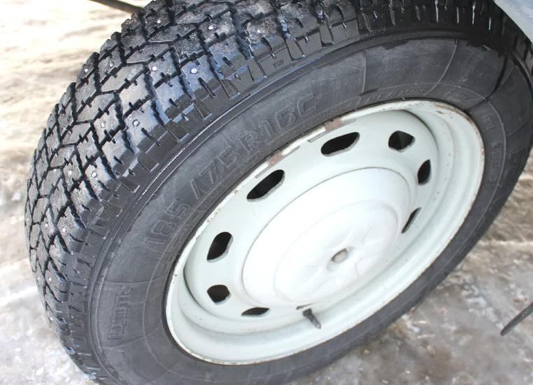 Переднее колесо ГАЗ 2752